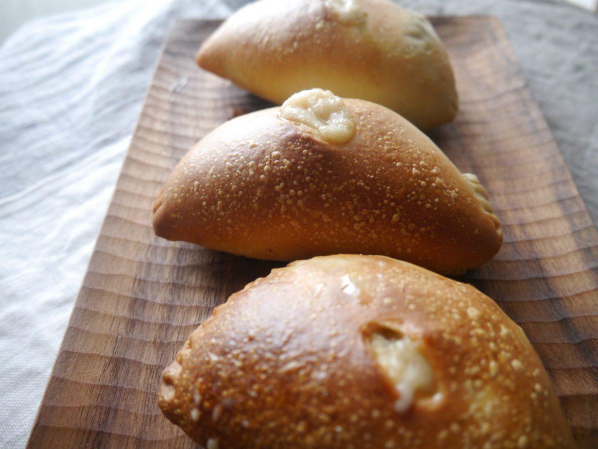 ごはんを炊くように、パン焼けた。